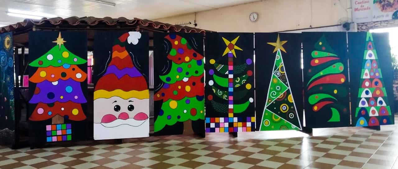 Painéis estão em exposição durante o período de festas | DCI